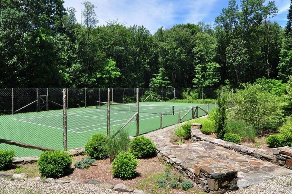 69 Tophet Road-Tennis