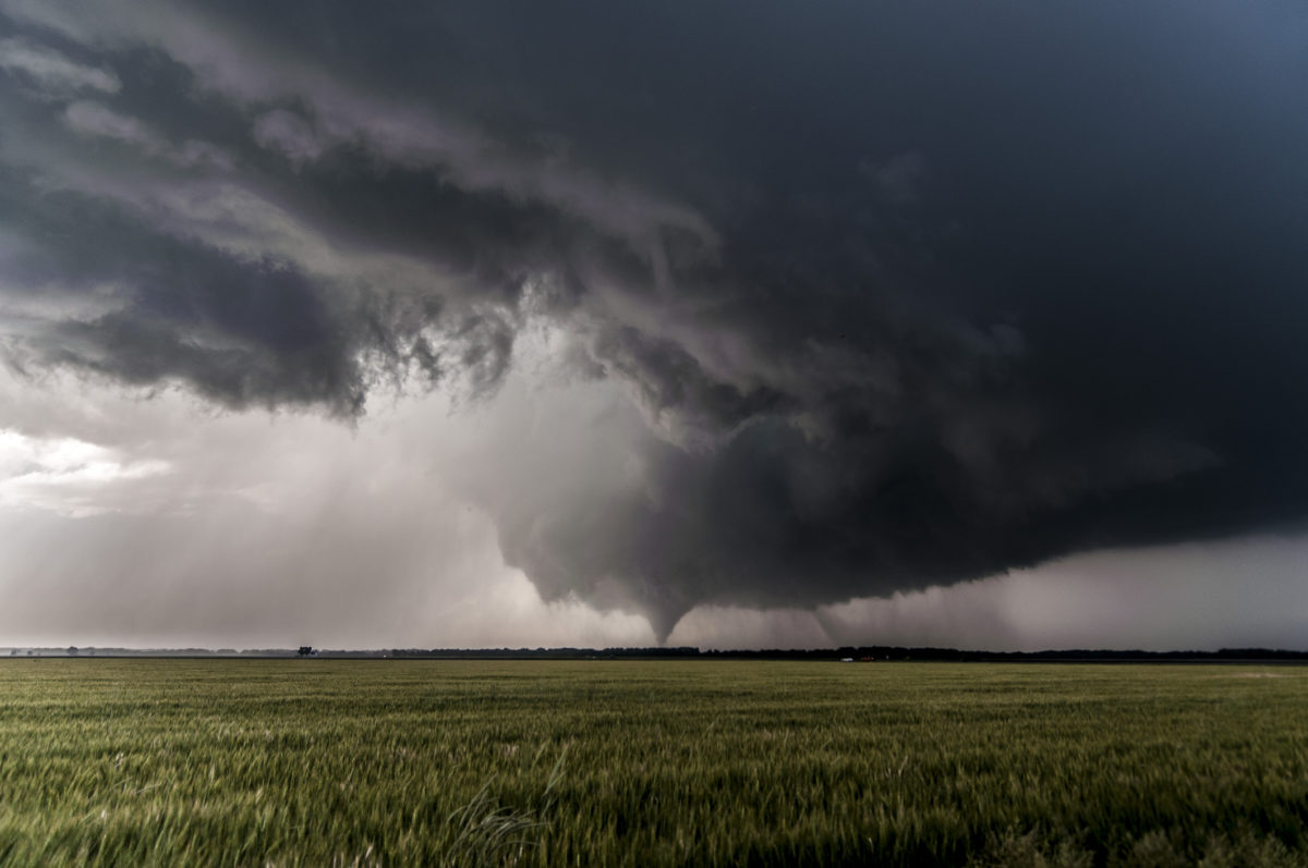 Supercell thunderstorm in USA's Tornado Alley